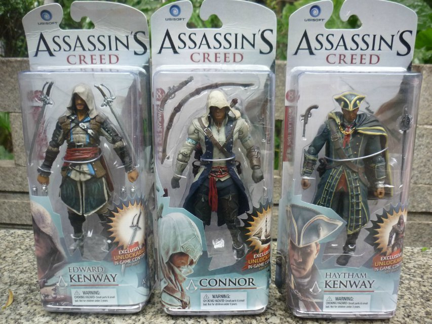 Assassin's Creed Edward Kenway/Connor/Haytham Kenway Action Figure PVC 15CM Collection Game Model Dolls Kids Toys T494(China (Mainland))