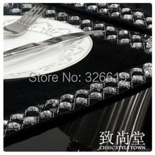 Free shipping Placemat coasters bowl pad disc pad table mat black and white diamond buckle gold velvet black table mat(China (Mainland))