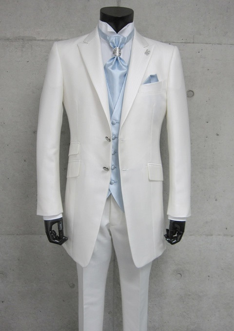 Get your suit rental today from Men's Wearhouse. Our designer wedding suits & rentals come in modern styles & colors that are priced to fit your budget.