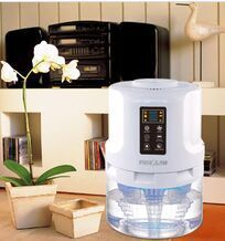 2015 year very hot sale ! multifunctional UV light home air freshener purifier humidifier with patented water air technology(China (Mainland))