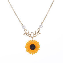 2018 New Beauty Sun Flower Necklace Pendant Yellow Sunflower Pearl Plant Gold Choker Neckless for Women Girl best gift Jewelry(China)