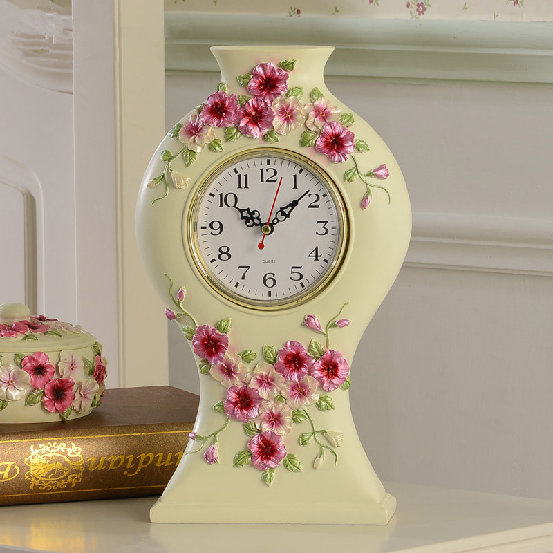 1 piece European rural resin desk clock/ Creative fashion engraving flower table clock/ The sitting room bedroom clock(China (Mainland))