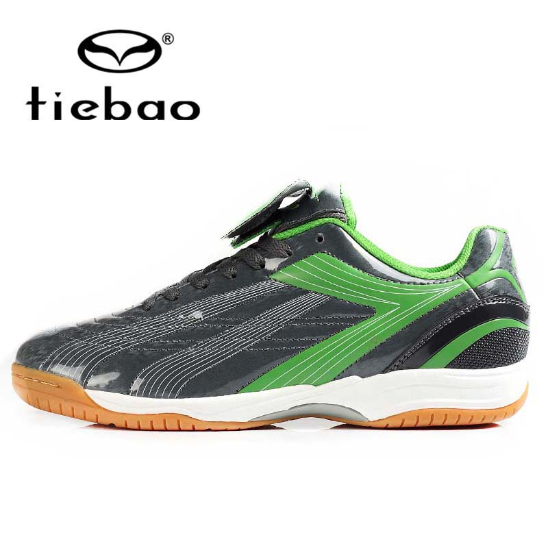 TIEBAO Professional Indoor Football Boots Sport Football Shoes for Man Boys Football Sneakers Soccer Shoes(China (Mainland))