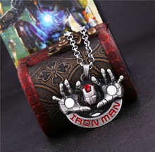 3 / pieces Iron Man hands dimensional mask pendant necklace European and American fashion Men's Jewelry