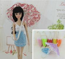 """30 unids/lote hermosa muñeca de encaje paraguas decoración accesorios por 11 """" 30 cm Girl Dolls 1 / 6 paraguas muñeca niñas regalo excelente"""