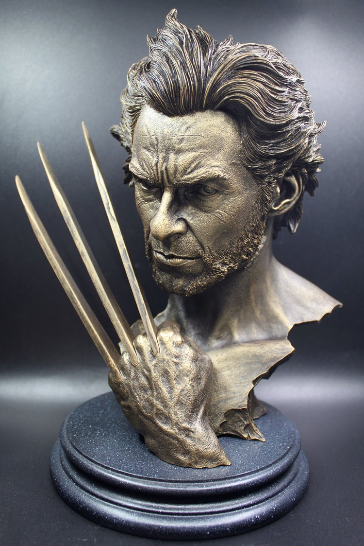 12″30CM Tremendous Hero Wolverine Bust Mode Hugh Jackman Resin Motion Determine Toy Dolls Wolverine Imitation Bronze Bust WU593