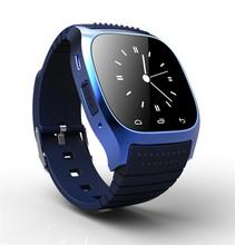 Новая bluetooth-смарт роскошных часов наручные часы R часы smartwatch с авто-диск SMS напомнить usb-шагомер для IOS Android смартфон M26