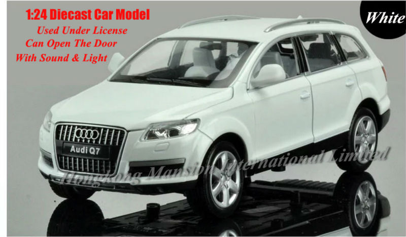 1:24 Scale Alloy Diecast Metal Car Model For Audi Q7 Collection Class Model Car Toys With Sound&Light - Silver / Red(China (Mainland))