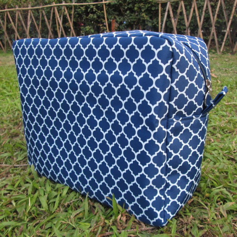 large size quatrefoil cosmetic bag 5