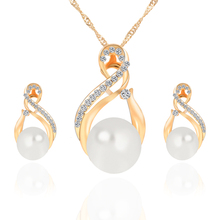 New Arrival 18K Gold Plated SImulated Pearl Jewelry Sets for Women Vintage Bridal Wedding Rhinestone Necklace Earrings Set(China (Mainland))