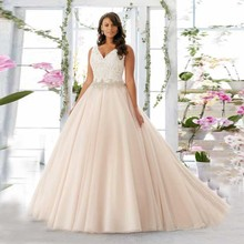 2016 Plus Size Line Ivory Wedding Dresses V-neck Lace Applique Vestidos De Novia robe de mariage Bridal Gowns Crystals Z9 - Romantic Love Dresses' Co.,Ltd Store store