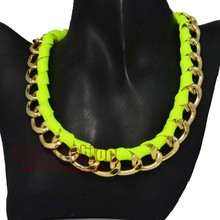 2016 New Accessories Hip Hop Women Jewelry Gold Choker Necklaces Neon Ribbon Wrapped Link Chain Necklace(China (Mainland))