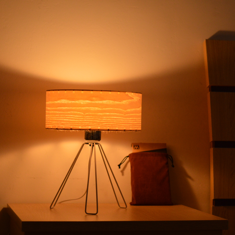 Фотография Table lights bedroom lamp simple design ash wood table lamps handmade bed-lighting eco-friendly brief wood veneer
