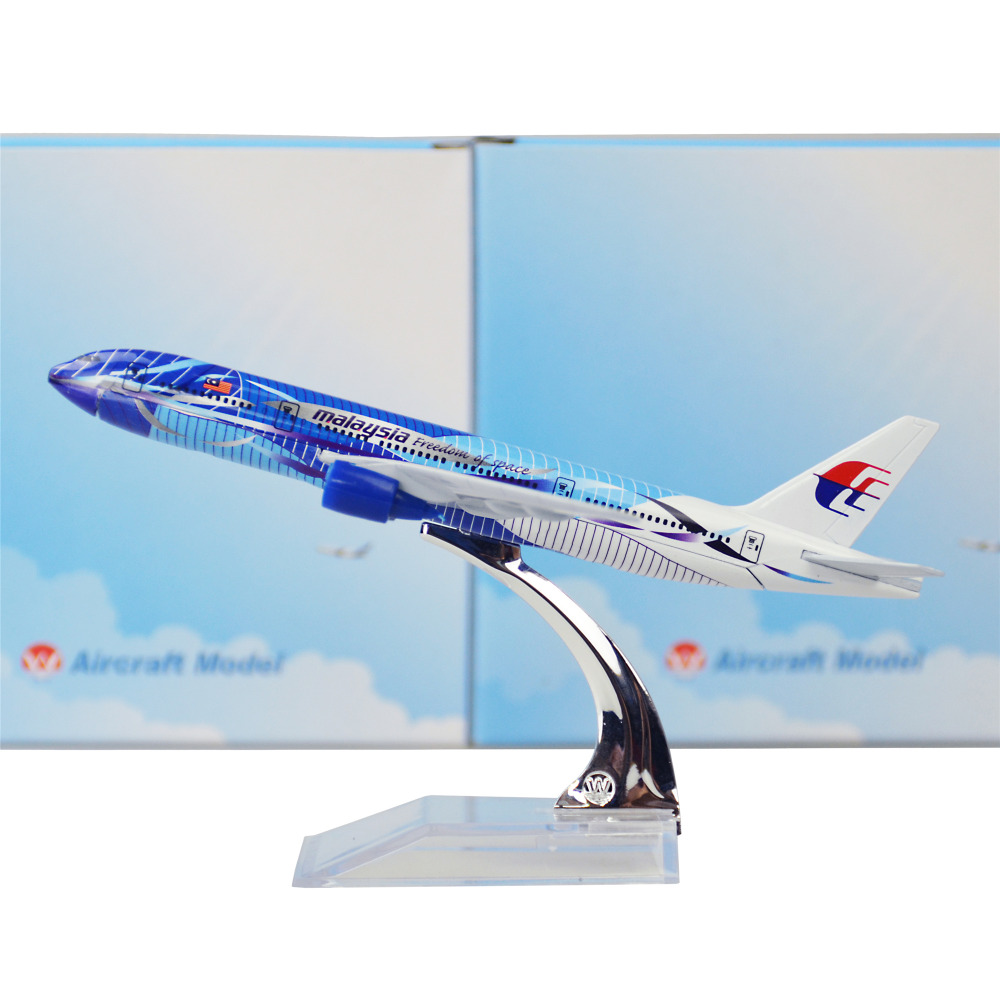 Malaysia Airlines Seawave Boeing 777 16cm Model Airplane Men's Birthday Gift Plane Models Toys Christmas(China (Mainland))
