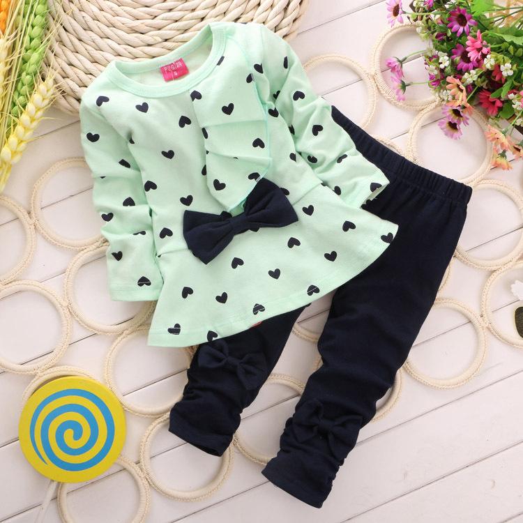 2014 New Autumn Baby Girl Clothes Heart-shaped Print Bow Cute 2PCS Cloth Set Children Clothing sets Top T shirt + Pants(China (Mainland))