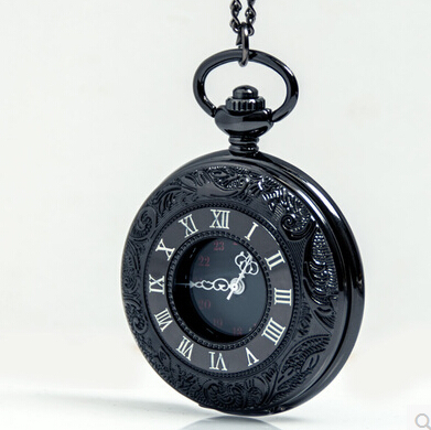 free shipping 2015 New top sale gun black Roman numerals Vintage watch Quartz Pocket Watch With Chain DIY Pendant Necklace gift(China (Mainland))