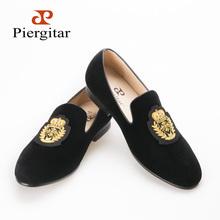 Loafers men India golden silk weaving pattern crown and leaf design flats velvet shoes men loafers noble temperament(China (Mainland))