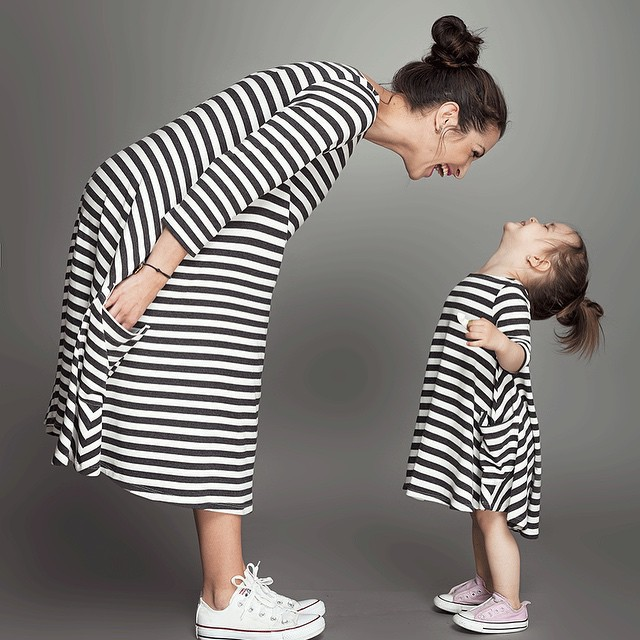 2016 New Spring&Summer Style Family Matching Outfits Mother And Daughter Fall Full Balck Striped Dress Causal Dresses for family(China (Mainland))