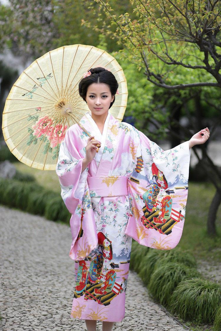 Japanese Geisha Kimono Gallery