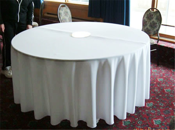 10pcs 90'' white polyester table clothes for weddings / round table cover(China (Mainland))