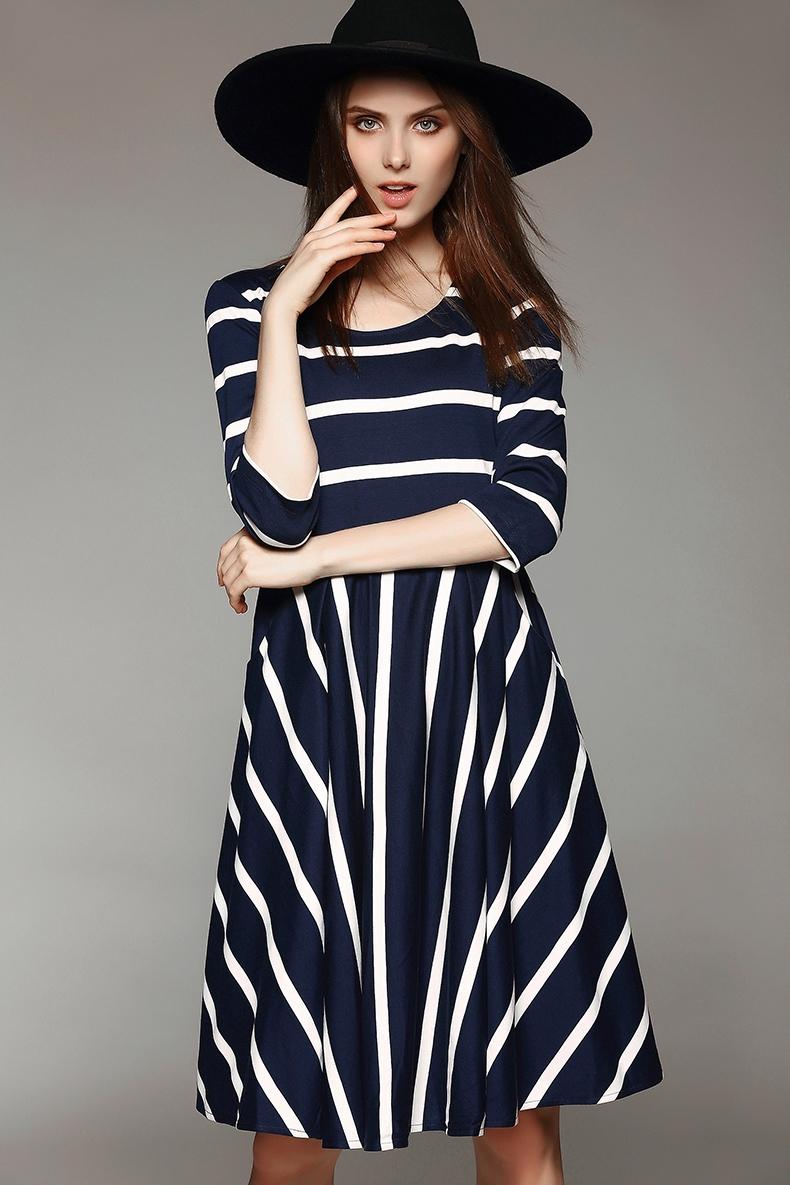 First high-quality European and American minimalist autumn new hit color, vertical stripe dress temperament Slim [ MI15063048]