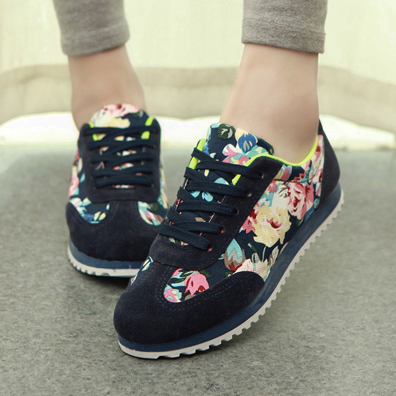 Women's Fashion Flats New 2015 Floral Casual Zapatos Mujer Ladies stan smith Shoes Huarache Sport Printed Shoes(China (Mainland))