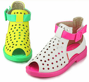 2015 New Childrens shoes Summer Fluorescent Sandals For Girls Beach Princess Shoes Bow Color Peep Toes Sandalias KY8959<br><br>Aliexpress
