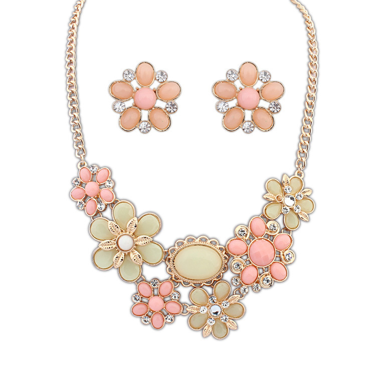 2015 Time-limited Real Women Chains Necklaces Tin Jewelry Necklace Necklaces Europe And The Bohemia Style Big Flower Set(China (Mainland))
