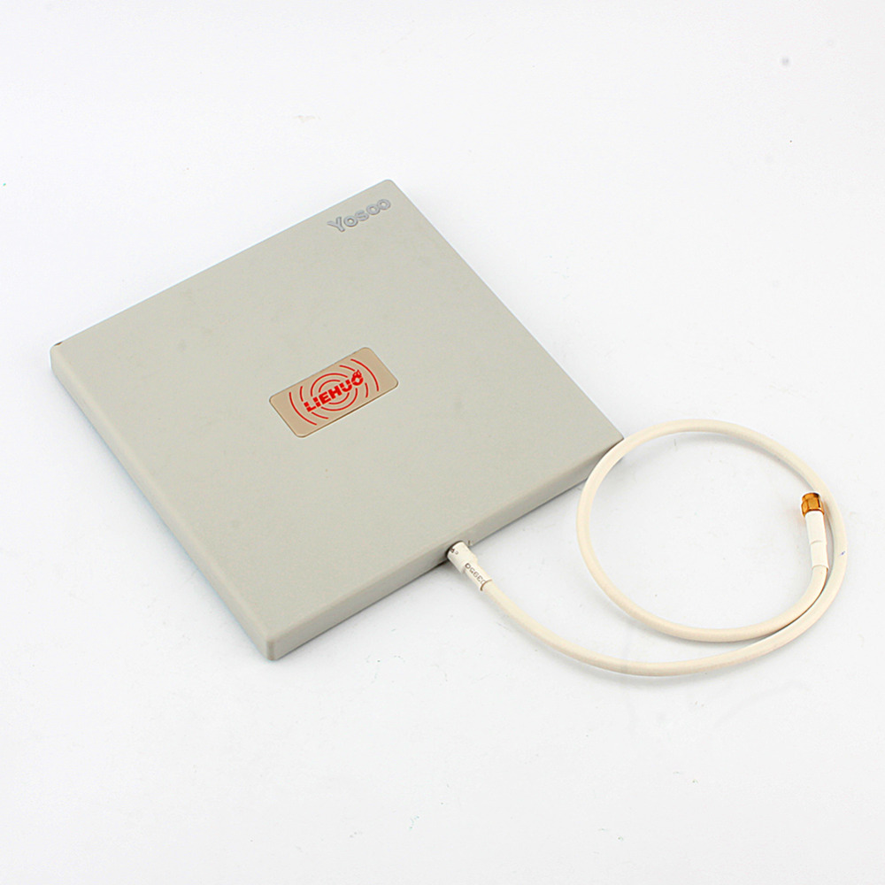 Antenna Panel 2.4Ghz 14 dbi High Gain WiFi Extender Directional Long Range(China (Mainland))