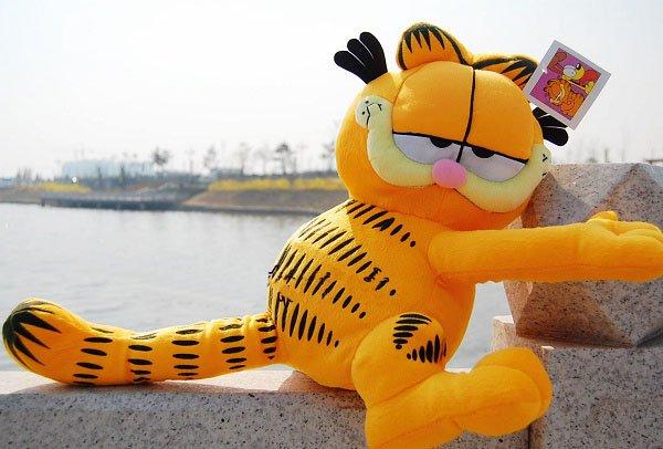 Plush toy Garfield plush doll new style (35cm) 2pcs/lot factory supply Christmas gift freeshipping(China (Mainland))