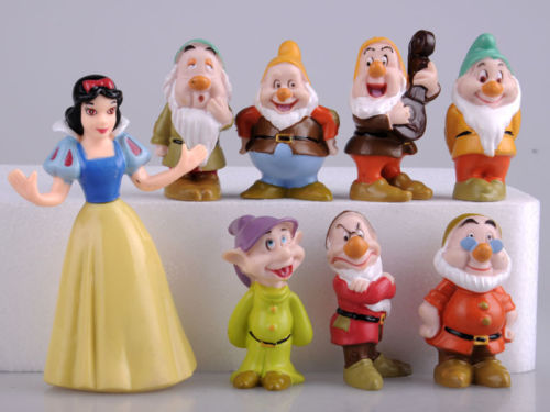 Hot Snow White and the Seven Dwarfs Figures / Cake Topper/ Kids Gift 8pcs SSF(China (Mainland))