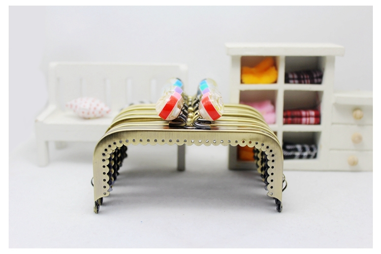 Free Shipping/10.5cm Bronze chromatic stripe suqare candy bead purse frame ,purse frame for DIY Bag Accessories / Wholesale(China (Mainland))