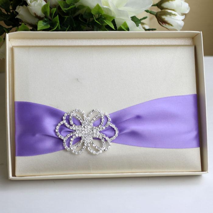 silk boxed laser cut wedding invitations with brooch(China (Mainland))