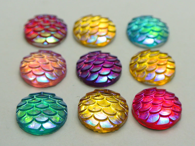 Гаджет  100 Mixed Colour AB Flatback Resin Fish Scale Pattern Round Cabochon 12mm None Ювелирные изделия и часы