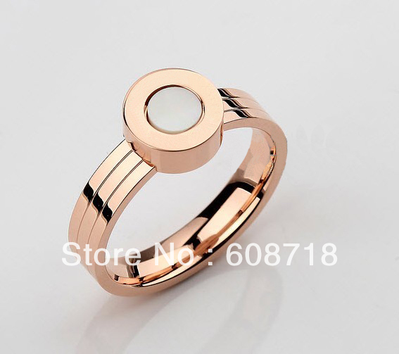 Finest Designer Fashion Ring,Every Style Has A Name.In 18K Rose Gold Plated With Mother of Pearl on Band,Elegant Ring For Women(China (Mainland))