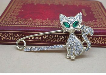 Nice Fashion Jewelry Gold Plated Animal Brooch,Green Eye Crystal Cat Brooches SH012