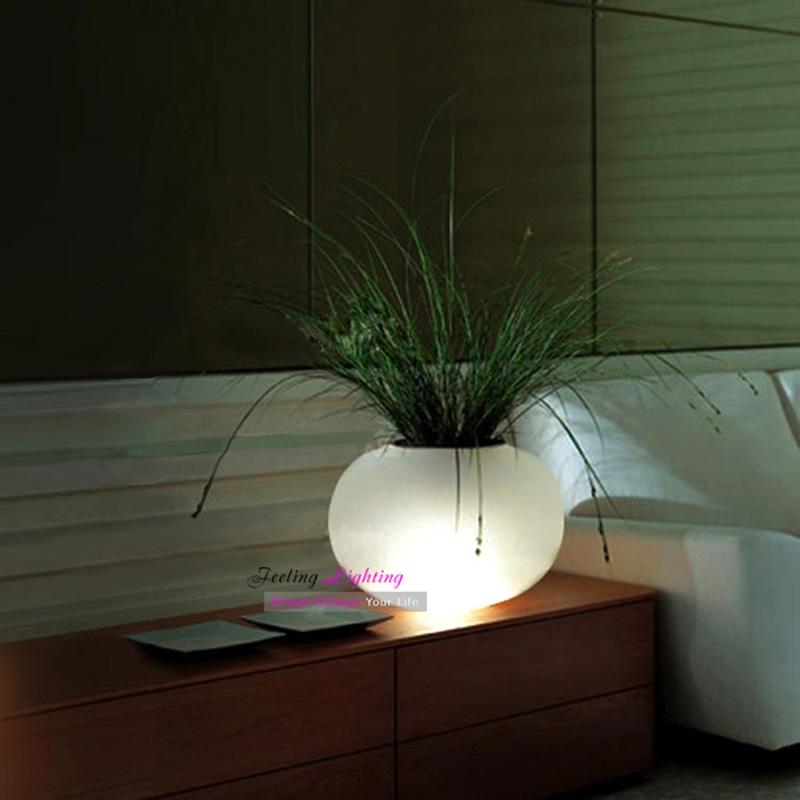 LED Creative White Table Lamp Flowerpot Desk Light Modern led Aluminum+Frosted Glass Decorative bonsai Table lamp. 110V 220V(China (Mainland))