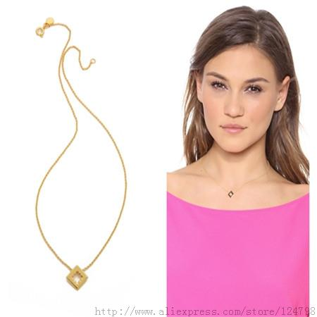 Super Deals geometry Necklace Personalized 18k Gold Birthday Gift Simple Square And Openwork Pendant Design(China (Mainland))