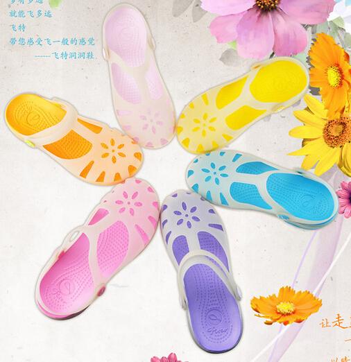 Summer  Flat Sandals Plastic Crystal Jelly Shoes Women Sandals Transparent Beach Shoes Sandals Luminous color Nest Hole Shoes<br><br>Aliexpress