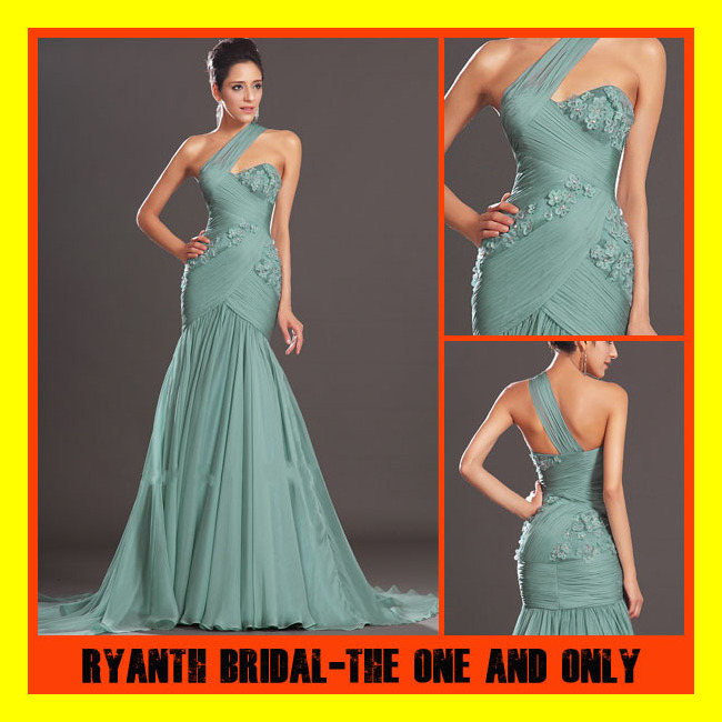Celebrity designer dresses uk plus size prom dresses Plus size designer clothes uk