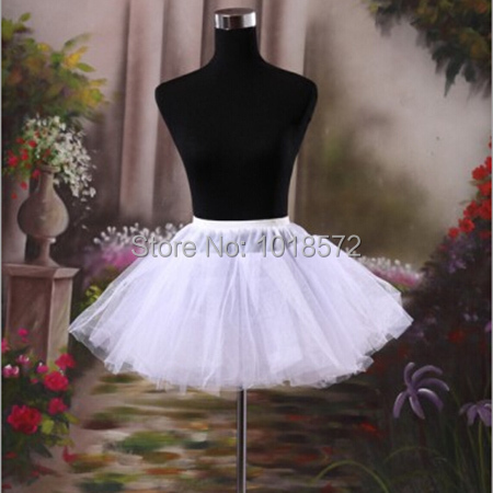 2015 Brand New Stock Petticoat White Black Red Hoopless Wedding Accessories Short Crinoline 3 Layer Bridal Lady Girls Underskirt(China (Mainland))