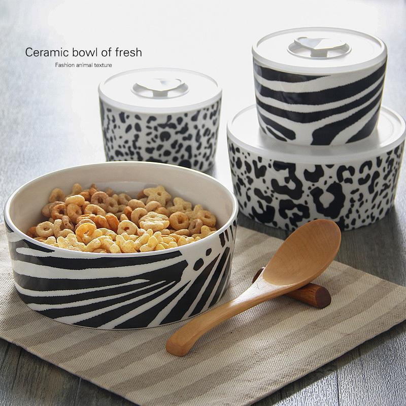 Fashion ceramic bowl of fresh crisper texture animal lunch box / storage tank lids ingredients / ceramic boxes(China (Mainland))