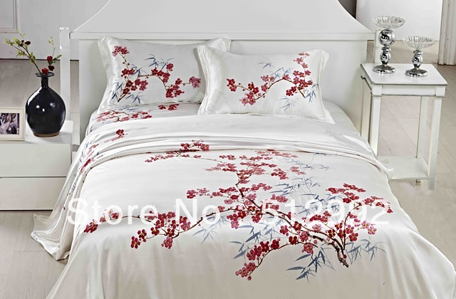 hand painted bed sheets 1