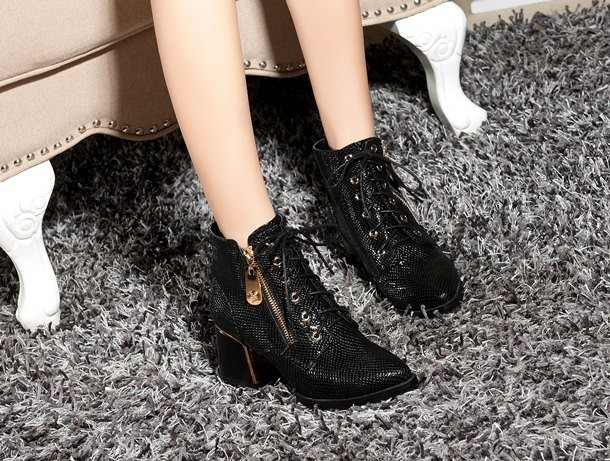 Classical Fashion Brand Snake Skin Design Women Ankle Boots Genuine