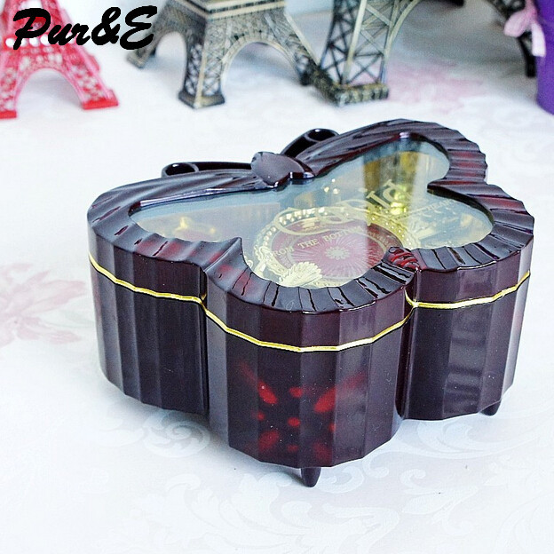 Valentine's day lovers creative gifts plastic arts crafts rotary music box cute home decoration accessories HDC1188 - Pur&E Co., Ltd. store