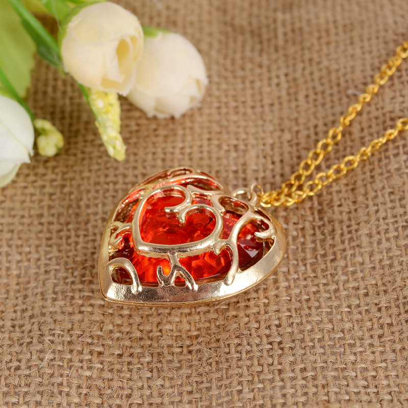 The Legend of Zelda Blue Red Hollow Heart Pendant Lovers Couple Necklace Gifts New movie Jewelry