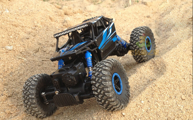 Electric RC Truck 1/12 Scale 2.4Ghz 4WD High Speed Remote Controlled Car RC Off Road Ready to Run(China (Mainland))