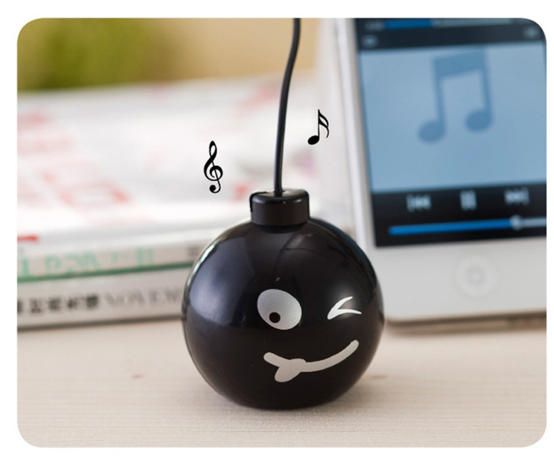 Fashion Audio Dock 3.5mm Jack Portable Stereo Mini Speaker Bomb With Various expressions for iPhone Cell Mobile Phone MP3 MP4(China (Mainland))