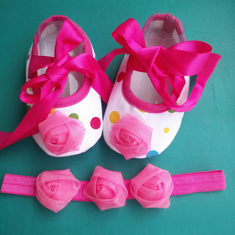 Newborn Baby Shoes Girls and Tiara Headband Set,Princess Toddler Girl Shoes,girls baby squeaky shoes(China (Mainland))
