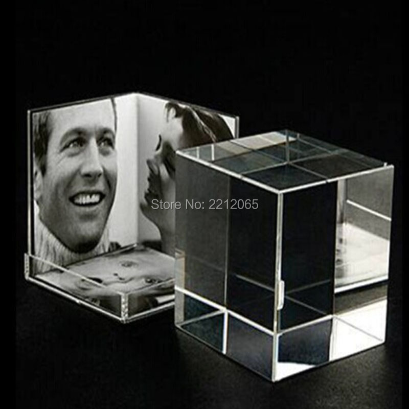 Small Size Desktop Clear Acrylic Picture Photo Cube for Multi Photos(China (Mainland))